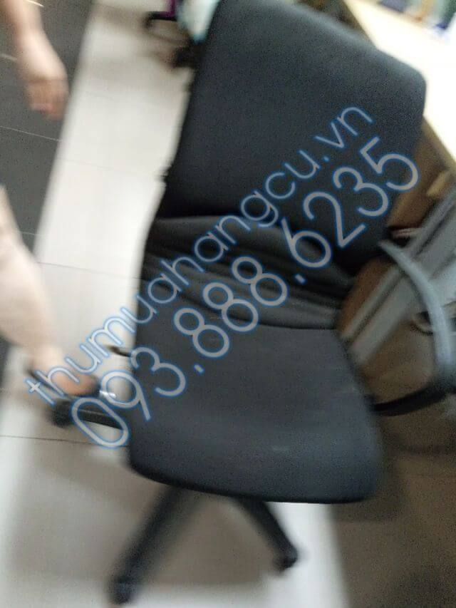 Thu mua thanh lý bàn ghế văn phòng